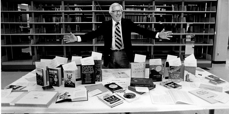 Ray Bradbury author